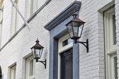 koperen lantaarn DE NOOD® Dishoek met handgesmede muurarm, zwart gelakt