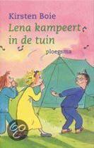 Lena Kampeert In De Tuin
