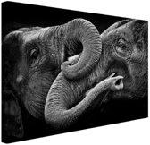 Verstrengelde olifanten Canvas 30x20 cm - Foto print op Canvas schilderij (Wanddecoratie)