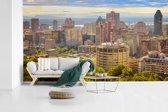 Fotobehang vinyl - Uitzicht op Montreal vanaf de berg Royal in Canada breedte 430 cm x hoogte 240 cm - Foto print op behang (in 7 formaten beschikbaar)
