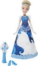 Disney Princess Assepoester met Magische jurk - Modepop