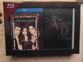 THE VAMPIRE DIARIES LUXE BOXSET 1-3 BLURAY BOX + BOEKJE