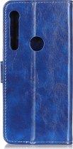 Mobigear Magnetic Buckle Retro Luxe Wallet Hoesje Blauw Motorola One Macro