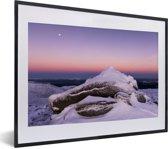 Foto in lijst - Zonsondergang bij het Nationaal park Cairngorms in Schotland fotolijst zwart met witte passe-partout klein 40x30 cm - Poster in lijst (Wanddecoratie woonkamer / slaapkamer)