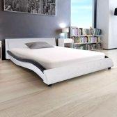 vidaXL Bed met traagschuimmatras kunstleer 140x200 cm zwart wit