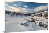 Het besneeuwde landschap in het Nationaal park Abisko in Zweden Aluminium 90x60 cm - Foto print op Aluminium (metaal wanddecoratie)