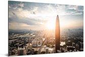Zonnestralen schijnen langs de gebouwen in Shenzhen Aluminium 90x60 cm - Foto print op Aluminium (metaal wanddecoratie)
