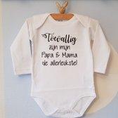 Baby Rompertje met tekst   Toevallig zijn mijn papa en mama de allerleukste   Lange mouw   wit zwart   maat 50/56    cadeau voor - kraamcadeau moeder  en vader – kraamgeschenk geboorte
