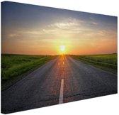 Zonsopkomst boven de weg Canvas 120x80 cm - Foto print op Canvas schilderij (Wanddecoratie)
