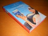Heleen van Royen, De gelukkige huisvrouw - reeks: De Beste Debuutromans (speciale editie De Volkskrant, 2011) - hardcover met leeslint