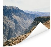 Uitzicht op het berglandschap van Arequipa Poster 150x150 cm - Foto print op Poster (wanddecoratie woonkamer / slaapkamer)