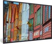 Foto in lijst - Kleurrijke foto van Bryggen fotolijst zwart 60x40 cm - Poster in lijst (Wanddecoratie woonkamer / slaapkamer)