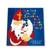Hoe komt het dat Sinterklaas nooit koude voeten heeft?