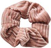 Velvet scrunchie/haarwokkel, roze met streep