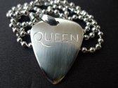 Queen hand gegraveerde RVS plectrum ketting