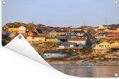 Huizen bij IJsfjord van Ilulissat Diskobaai in Groenland Tuinposter 120x80 cm - Tuindoek / Buitencanvas / Schilderijen voor buiten (tuin decoratie)