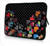 Sleevy 15,6 inch laptophoes gekleurde hartjes