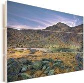 Zonsondergang bij het Nationaal park Sierra de Guadarrama in Spanje Vurenhout met planken 120x80 cm - Foto print op Hout (Wanddecoratie)