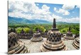 Witte wolken boven de Borobudur tempel Aluminium 90x60 cm - Foto print op Aluminium (metaal wanddecoratie)