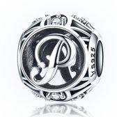 Zilveren alfabet bedel letter P met zirkonia steentjes