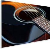 Mooie zwart met bruine akoestische gitaar Plexiglas 90x60 cm - Foto print op Glas (Plexiglas wanddecoratie)