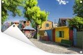 Foto van de kleurrijke straten van La Boca in Argentinië Tuinposter 180x120 cm - Tuindoek / Buitencanvas / Schilderijen voor buiten (tuin decoratie) XXL / Groot formaat!