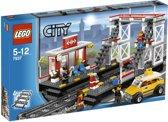 LEGO City Spoorwegstation - 7937