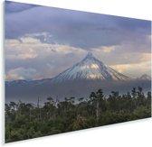 Uitzicht op de vulkaan in Nationaal park Puyehue in Zuid-Amerika Plexiglas 90x60 cm - Foto print op Glas (Plexiglas wanddecoratie)