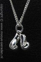 Zilveren Bokshandschoenen middel ketting hanger