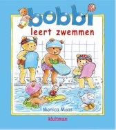 Bobbi - Bobbi leert zwemmen