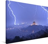 Onweer boven de stad Pretoria in Zuid-Afrika Canvas 180x120 cm - Foto print op Canvas schilderij (Wanddecoratie woonkamer / slaapkamer) XXL / Groot formaat!
