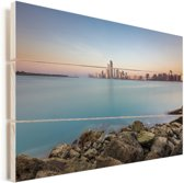 Stadscontouren van Abu Dhabi in de Verenigde Arabische Emiraten Vurenhout met planken 120x80 cm - Foto print op Hout (Wanddecoratie)