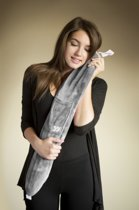 YuYu Warmwaterkruik grijs fleece (81x13 cm)