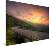 Vurige lucht langs de Blue Ridge Parkway in de Amerikaanse staat Virginia Canvas 180x120 cm - Foto print op Canvas schilderij (Wanddecoratie woonkamer / slaapkamer) XXL / Groot formaat!