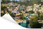Een kleurrijke buurt in Port-au-Prince van Haïti Tuinposter 180x120 cm - Tuindoek / Buitencanvas / Schilderijen voor buiten (tuin decoratie) XXL / Groot formaat!