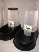 MAELSON combinatie Aquaa 150 & Feedo 60 waterbak & voerbak  voor kat en hond, zwart/ wit