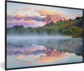 Foto in lijst - Kleurrijke zonsopgang bij het Tetongebergte en de Snake rivier in Wyoming fotolijst zwart 60x40 cm - Poster in lijst (Wanddecoratie woonkamer / slaapkamer)