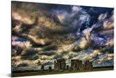 Donker blauwe wolken boven de Stonehenge Aluminium 90x60 cm - Foto print op Aluminium (metaal wanddecoratie)