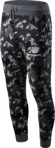 New Balance PRINTED ESSENTIALS STACEKD LOGO SWEATPANT Heren Joggingbroek - GUNMETAL - M