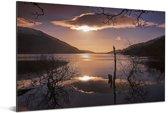 Kleurrijke zonsopgang over het Loch Lomond meer in Schotland Aluminium 90x60 cm - Foto print op Aluminium (metaal wanddecoratie)