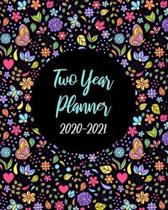Two Year Planner 2020-2021: Pretty Floral, January 2020 to December 2021 Monthly Calendar Agenda Schedule Organizer (24 Months) With Holidays and
