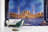 Fotobehang vinyl - De Turkse Blauwe Moskee Istanbul lege binnenplaats breedte 450 cm x hoogte 270 cm - Foto print op behang (in 7 formaten beschikbaar)