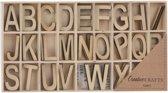 52 houten letters in kist