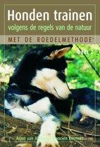 Honden Trainen Volgens De Regels Van De Natuur Met De Roedelmethode