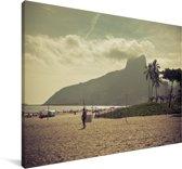 Wolken boven het strand van Ipanema in Zuid-Amerika Canvas 140x90 cm - Foto print op Canvas schilderij (Wanddecoratie woonkamer / slaapkamer)