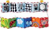 Taf Toys babyboekje, baby's eerste boekje voor in de wandelwagen, box en onderweg. 0 tot 24 maanden
