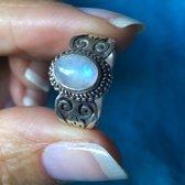 Zilveren ring Moonstone