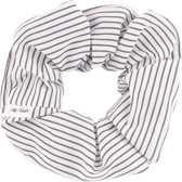 Handgemaakte scrunchie grijs met streepjes  | Haarwokkel grijs met streep
