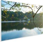 Tempel van de Tand in de ochtend met uitzicht op het meer in Sri Lanka Plexiglas 90x60 cm - Foto print op Glas (Plexiglas wanddecoratie)