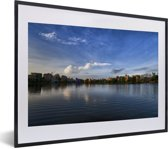 Foto in lijst - Schitterende horizon in Calcutta India fotolijst zwart met witte passe-partout klein 40x30 cm - Poster in lijst (Wanddecoratie woonkamer / slaapkamer)